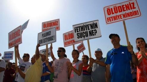 Mahkeme, Muğla'nın Fethiye İlçesi'ndeki Ölüdeniz ile Belcekız plajlarının özel bir şirkete ihale edilmesinin yürütmesini durdurdu.