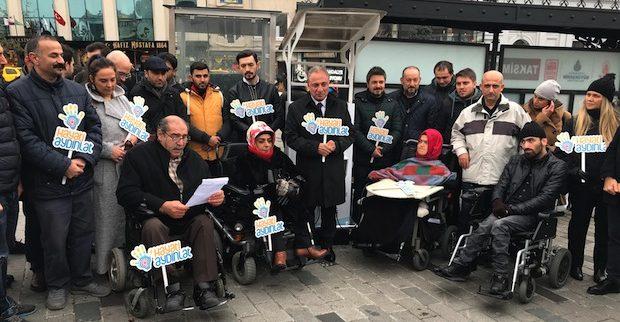 CK Enerji'nin akülü sandalye şarj istasyonu, Taksim'de 'Hayatı Aydınlat'tı