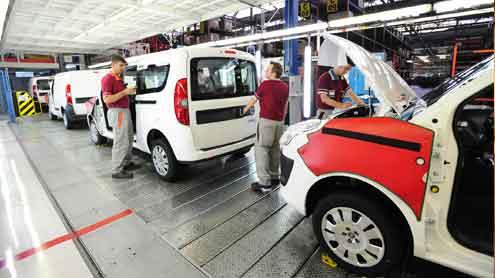 Otomotivde üretim yüzde 28, ihracat yüzde 33 azaldı