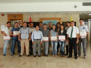 Azeri ve Kazak öğrenciler