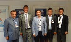 Su ürünleri sektörünü yakından ilgilendiren teknolojik gelişmeler gözlemlendi ve Norveç Su Ürünleri Konseyi (NORGE) yetkilileri ile görüşmeler yapıldı. Soldan Sağa: Ahmet Tuncay Sagun, Terje Martinussen (Norge), Sinan Kızıltan, Bjorn-Erik Stabell (Norge) , Gökay Çelikli (EİB)