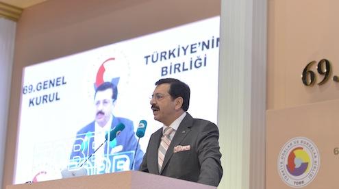 TOBB'un uzun süredir beklenen genel başkanlık seçimlerinin yapılacağı 69. genel kurulu gerçekleştirildi. Yapılan oylamada Mustafa Rifat Hisarcıklıoğlu tekrar seçildi.