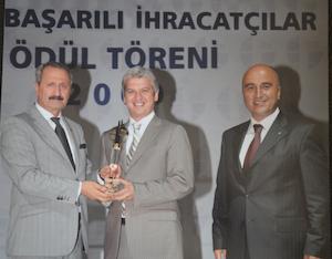 Elvan Şirketler Grubu'nun lokomotifi olan Elvan Gıda, İstanbul İhracatçı Birlikleri'nin (İİB) 2012 verilerine göre bir basamak daha çıktı ve kendi sektör ihracatında ikincilik ödülüne layık görüldü. Elvan Gıda ayrıca, Türkiye İhracatçılar Meclisi (TİM) tarafından hazırlanan ve Türkiye'nin 'İlk 1000 İhracatçı'sını sıralayan listede de 35 basamak birden çıktı ve 164. sıraya yerleşti.