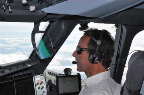 Fabrice Brégier A350 XWB (MSN1) ile ilk uçuşunu tecrübe etti.
