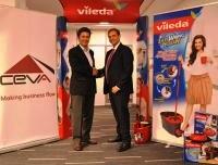 Alman temizlik devi Vileda, Dünya'nın önde gelen tedarik zinciri yönetim şirketi CEVA ile ilk olarak 1999 yılında yaptığı kontratı yeniledi; 14 yıldır devam eden işbirliği 2015 yılına kadar uzadı.
