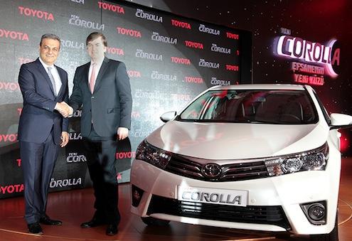 Toyota-Ceosu-Ali-Haydar-Bozkurt-ve-Toyota-Avrupa-Başkan-Yardımcısı-Michel-Gardel