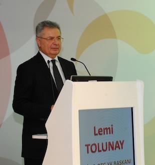 İstanbul Deri ve Deri Mamulleri İhracatçıları Birliği (İDMİB) ve Deri Tanıtım Grubu (DTG) Yönetim Kurulu Başkanı Lemi Tolunay