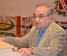 """Prof. Dr. Osman Altuğ, Merkez Bankası'nın faiz artırımı kararının vatandaşa """"vergi artışıyla zam ve işsizliğin artması"""" olarak yansıyacağını söyledi."""
