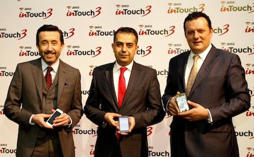 Avea'nın yeni akıllı telefonu in Touch 3'ün lansman toplantısı Avea CEO'su Erkan Akdemir ve Avea Pazarlamadan Sorumlu Genel Müdür Yardımcısı Dehşan Ertürk ev sahipliğinde gerçekleştirildi.