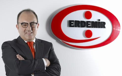Toplam varlıkları bakımından Türkiye'nin en büyük sanayi şirketlerinden biri olan ERDEMİR Grubu, 2013 yılı konsolide finansal sonuçlarını açıkladı. Geçtiğimiz yıl dünya çelik sektöründe yaşanan daralmaya rağmen satış miktarını bir önceki yıla göre yüzde 3 artıran ERDEMİR Grubu'nun, 2013 yılı toplam nihai ürün satışı 7.7 milyon ton oldu. Finansal sonuçlar ile ilgili değerlendirme yapan ERDEMİR Grubu Yönetim Kurulu Başkanı Ali Pandır, önümüzdeki dönemde daha fazla ihracat hedeflediklerini söyledi.