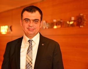 DenizBank KOBİ Bankacılığı Grubu Genel Müdür Yardımcısı Burak Koçak, yeni kampanyaları ile KOBİ'lerin iki farklı ve avantajlı paketten yararlanma imkânına sahip olduğuna dikkat çekti.