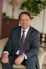OYAK Otomotiv ve Çimento Grubu Yönetim Kurulu Başkanı Celal Çağlar