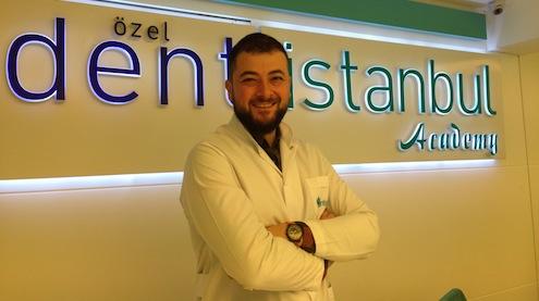 Dentistanbul_Protetik_Dis_Tedavisi_Bolum_Baskani_Prof._Dr._Ahmet_Umut_Guler