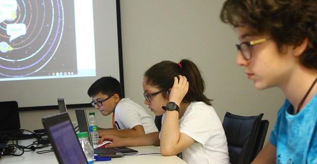 Yıldızlar Teknoloji Sömestr Kampı çocuklara kodlamayı öğretecek