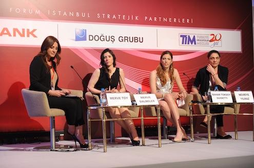 13. yılında marka olmanın haklı gururunu yaşayan Forum İstanbul; bu yıl da ekonomi, iş, siyaset ve spor dünyasından konuşmacı ve konukların katılımıyla,  Dünya ve Türkiye ekonomisi hakkındaki tespitler ve değerlendirmelerle tamamlandı.