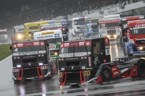 Goodyear; Avrupa'da Formula 1'den sonra en çok seyirci çeken Avrupa Kamyon YarışlarıŞampiyonası'na 10 yıldırkamyon lastikleri tedarik eden tek marka oldu.
