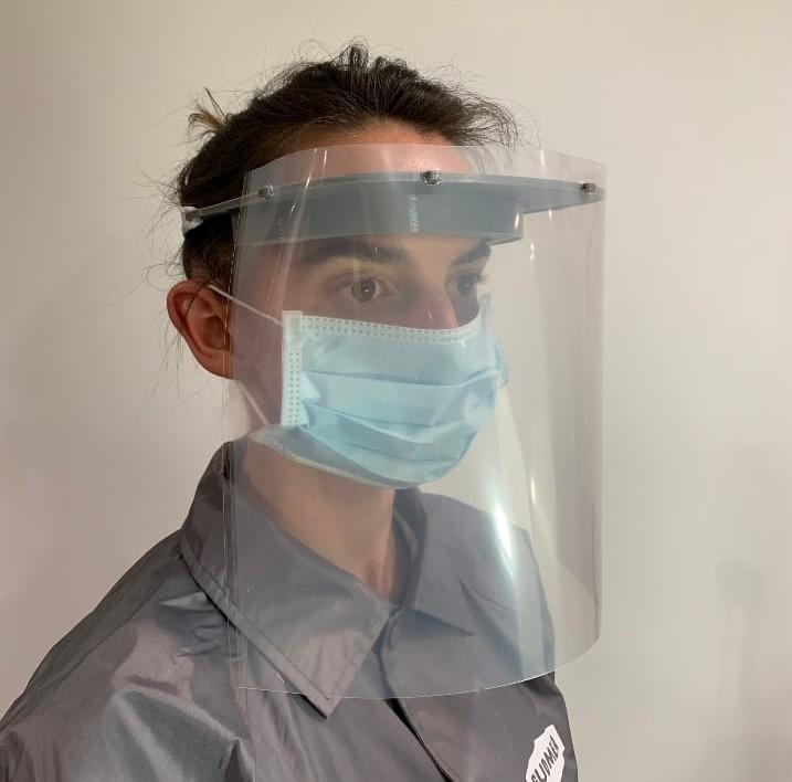 OİB'den sağlık çalışanları için  koruyucu kalkan maske