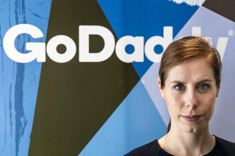GoDaddy, Web Siteleri + Pazarlama Araçları için 'Randevular ve Hizmetler' özelliğini Türkiye'de kullanıma sundu