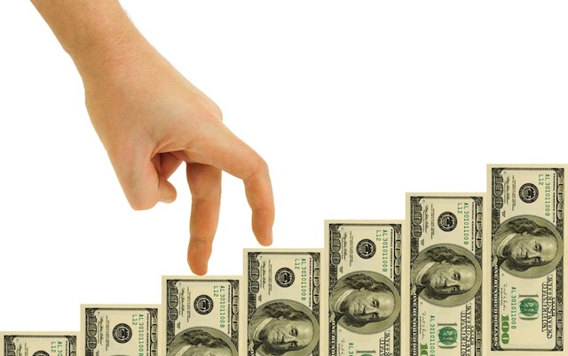 Bankacılık aktifleri 2015'te dolar bazında geriledi