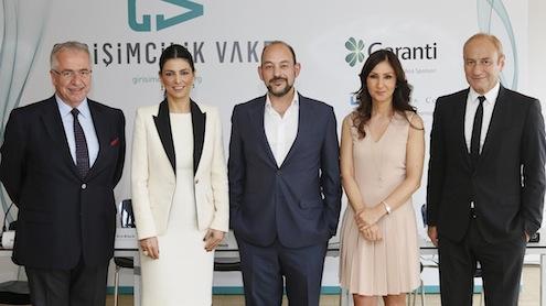 """Girişimcilik Vakfı girişimcilik kültürünü gençlerle buluşturmak için kuruldu. Girişimcilik kültürünü aşılamak, üniversite gençlerinin girişimcilik ruhunu keşfetmelerini sağlamak ve uzun vadeli düşünce yapısı ile gençlere ilham olmak üzere kurulan Türkiye Girişimcilik Vakfı, dünyada ve Türkiye'de bu alandaki """"ilk ve tek"""" oluşum!  Bu özgün fikrin sahibi ve Türkiye Girişimcilik Vakfı Yönetim Kurulu Başkanı Sina Afra, """"genç nüfusun girişimcilik fikri ile hayata adım attığı bir Türkiye"""" hayal ettiğini belirtti."""