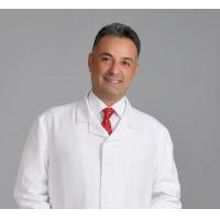 Uzm. Dr. İlker Solmaz, düzenli doktor kontrolü ve koruyucu uygulamalarla birçok hastalığın önüne geçilebileceğini belirtiyor.