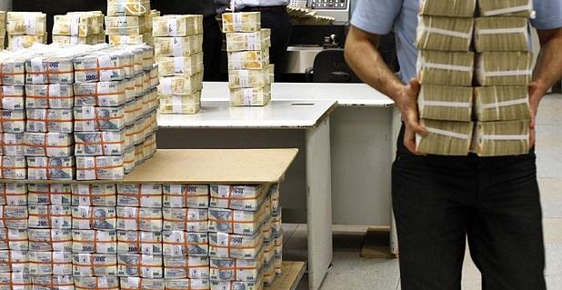 Bankalar sanayide çarkların dönmesi için kredi musluklarını açtı
