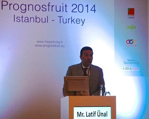 İstanbul Yaş Meyve Sebze İhracatçıları Birliği Başkanı Latif Ünal, birçok ürünün üretiminde Türkiye'nin ilk sıralarda yer aldığına değinerek, amaçlarının bu avantajlarını daha da ileri seviyeye taşımak olduğunu söyledi.