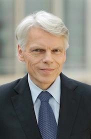 """Boehringer Ingelheim Yönetim Kurulu Başkanı Prof. Andreas Barner, ilaç sektörünün dünyadaki durumuyla ilgili açıklamalarda bulundu. Barner, """"Önümüzdeki birkaç yıl içinde ilaç endüstrisinde büyüme olmayacak"""" dedi."""