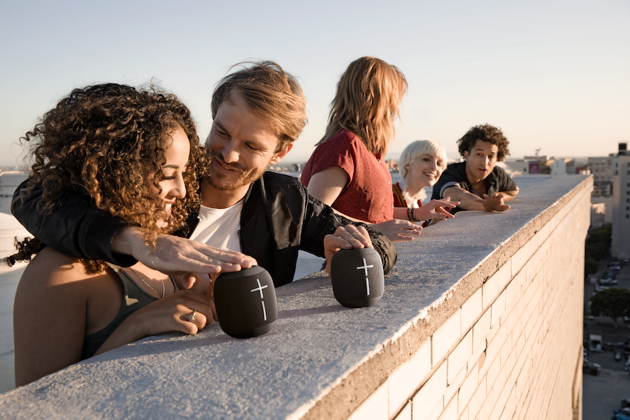 <strong>Logitech'ten Sevgililere Özel Teknolojik Hediye Seçenekleri!</strong>