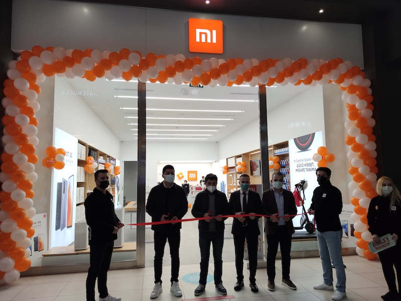 <strong>Xiaomi, Türkiye'deki yeni mağazalarını Adana ve Gebze'de açtı</strong>