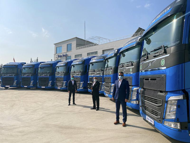 <strong>Rastkaya Nakliyat,</strong> <strong>10 adet Volvo Trucks ile filosunu güçlendirdi</strong>