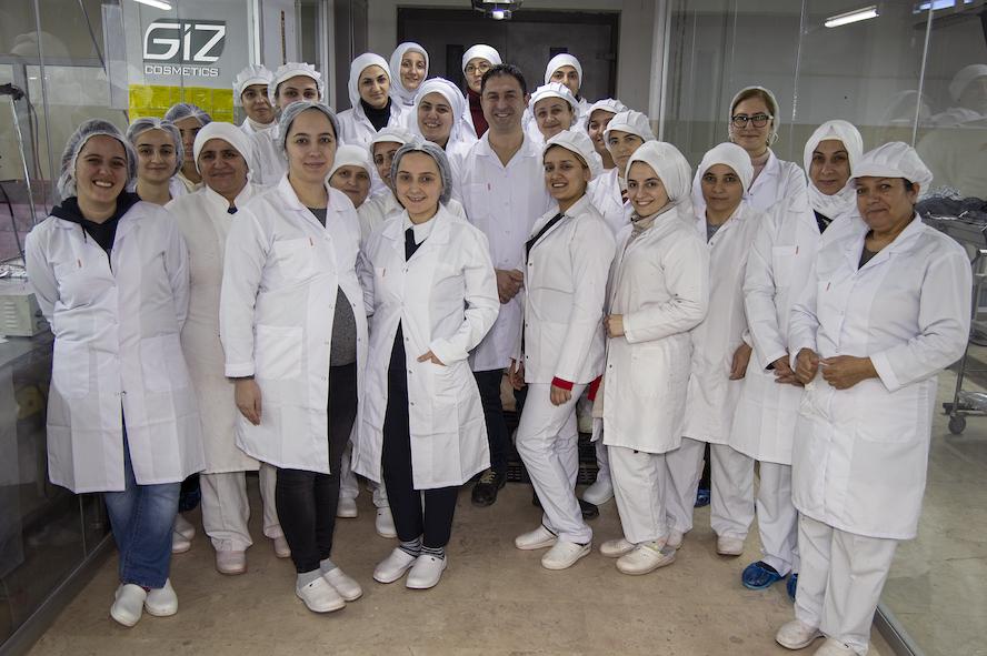 <strong>TÜRK KADINLARI MADE IN TURKEY DAMGASINI DÜNYAYA TAŞIYOR</strong>