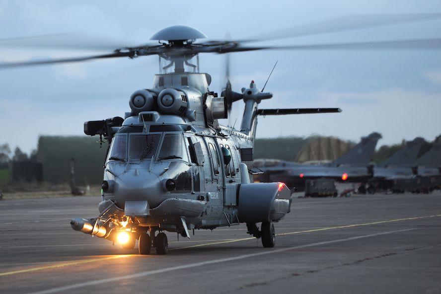 Fransa, helikopter endüstrisini desteklemek üzere prototip  H225M ve VSR700 siparişi verdi