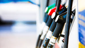 Dünyada petrol varil fiyatları düşerken Türkiye'de benzin neden zamlanıyor?