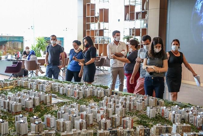 Türkiye'deki yabancı yatırımının metrekare bazında yüzde 36'sı vatandaşlık hakkı için
